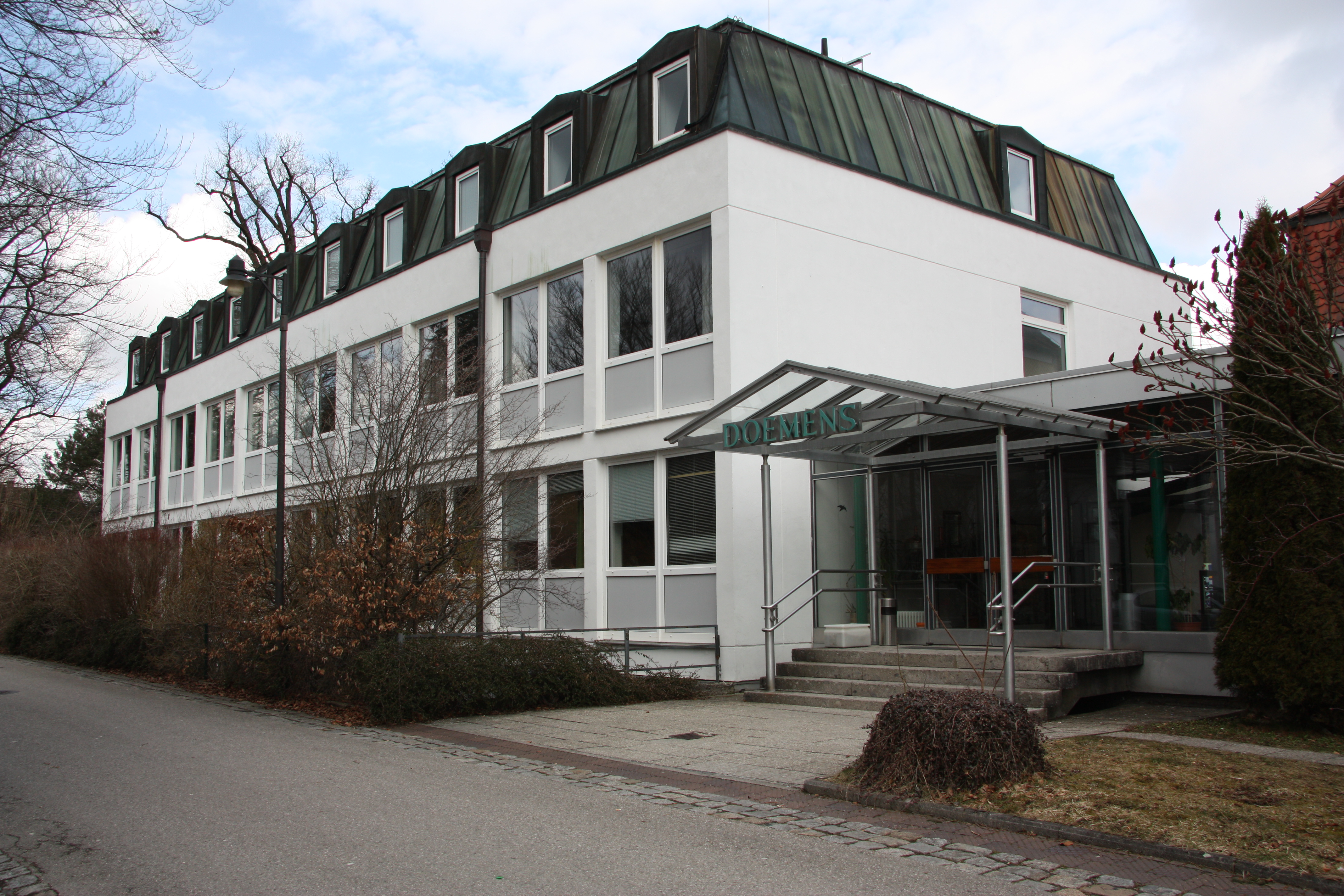 Doemens at his location Stefanusstraße 8 in Munich-Gräfelfing
